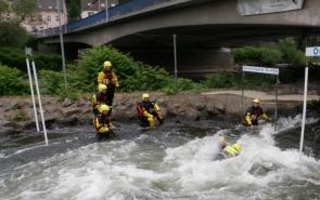 "Opleiding ""flood rescue"" bij de Civiele Bescherming"